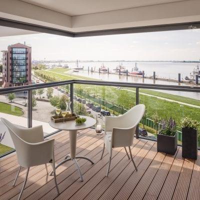 Solarlux schuif/draaiwand als balkonbeglazing